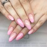 hombre-pink-nails